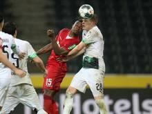 Bundesliga--Fans hoffen auf Fortsetzung im gewohnten Modus