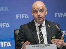 Infantino traf Emir bin Hamad Al Thani wegen der WM