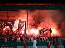 HSV droht schwere Strafe nach Pyro-Eklat im DFB-Pokal