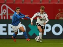 DFB-Frauen: Sandra Starke (r.) wurde nachnominiert