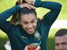 Marta ist auf Titelseite der Vogue in Brasilien zu sehen