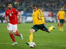 Arvydas Novikovas (r.) wechselt zum VfL Bochum