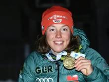 Karrierestart beim Sommer-Biathlon: Laura Dahlmeier