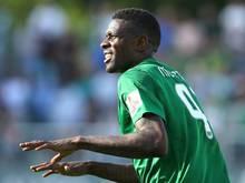Mo Idrissou geht zum KFC Uerdingen in die Oberliga