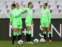 Wolfsburgs Frauen nach Krimi in CL-Gruppenphase