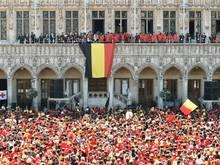 Die belgischen Fans konnten die Rückkehr ihres Teams in Brüssel friedlich feiern