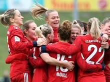 Die Fußballerinnen des FC Bayern München bleiben unbesiegt