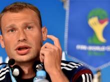 Wassili Beresuzki trägt die Kapitänsbinde
