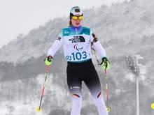 Para-Biathlethin Clara Klug gewinnt im letzten Rennen