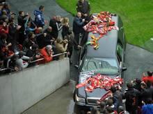 Tausende erweisen Eusébio die letzte Ehre