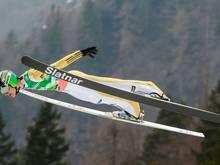 Über ein Weltcup-Skifliegen für Frauen wird diskutiert