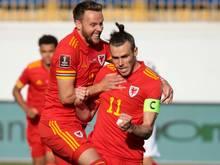 Gareth Bale sichert Wales mit drei Treffern den Sieg