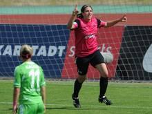 Jacqueline Klasen verlängert in Essen