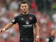 Eduard Löwen erzielt das 1:0 für den Club