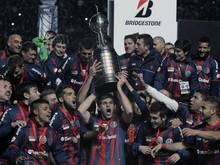 Champion San Lorenzo macht dem Papst Freude