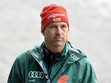 Werner Schuster unterrichtet Sportkunde am Schigymnasium