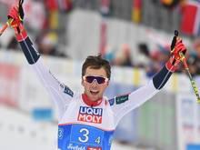 Jarl Magnus Riiber mit Sieg-Hattrick in Winter gestartet