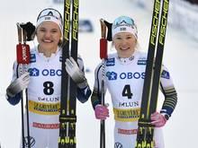 Linn Svahn (l.) gewinnt den Saisonauftakt der Frauen