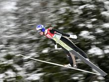 Vinzenz Geiger flog in Val di Fiemme auf 97,5 Meter