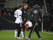 Luca Waldschmidt (l.) musste verletzt ausgewechselt werden