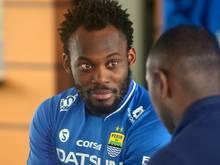 Essien hat einen Vertrag bei FK Sabail unterzeichnet
