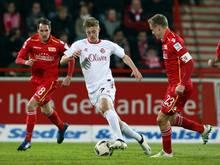 Sebastian Ernst (M.) wechselt zu Greuther Fürth