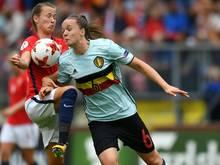 Tine De Caigny (r.) stürmt demnächst in der Bundesliga