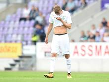 Ole Käuper von Werder Bremen hat sich womöglich schwer am Fuß verletzt