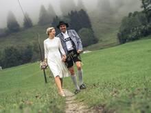 Olympiasieger Johannes Rydzek mit seiner Frau Lissi