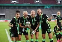 Engen (r.) und Rolfö (2.v.r.) verlassen Wolfsburg