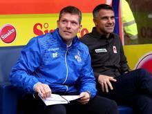 Daniel Felgenhauer (li.) bleibt Co-Trainer in Duisburg