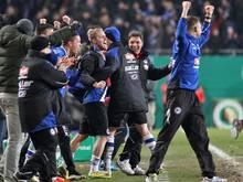 Bielefeld nach Elfmeter-Krimi im Pokal-Halbfinale