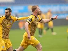 Waldhof Mannheim gewinnt mit 3:2 gegen den Halleschen FC