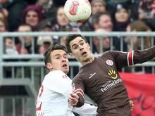Lauterns Neuer: Fomitschow (l.) im Zweikampf mit Bartels