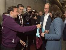 Prinz William erhält Trikot von West Ham United