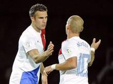 Van Persie (li.) erzielt gegen Andorra beide Tore