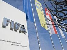 Die FIFA zieht 14 Spieler weltweit aus dem Verkehr
